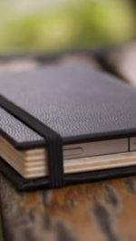 iphone-4-black-book4