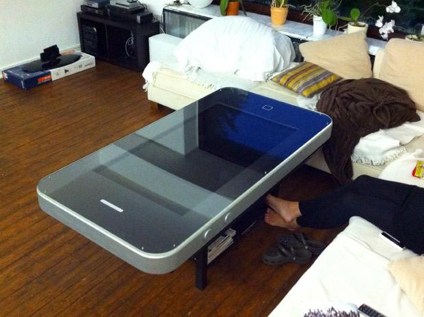 salontafel in vorm iphone 4 nieuws. Black Bedroom Furniture Sets. Home Design Ideas