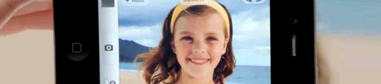 Gebruikt Samsung het meisje uit de iPhone 4S reclame?