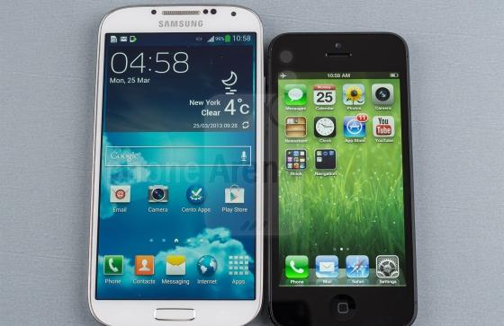 iPhone 5 versus Galaxy S4 in extreme valtest