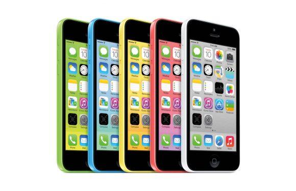 Opvallend: iPhone 5C in brand in broekzak van eigenares