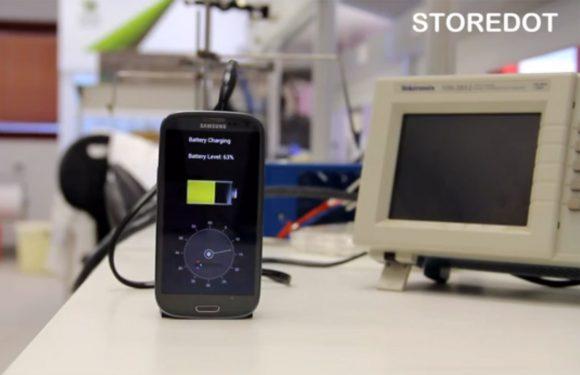 Video: Israëlische start-up ontwikkelt supersnelle telefoonoplader
