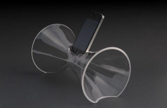 Geld over? Dan is deze glazen iPhone-versterker wat voor jou!