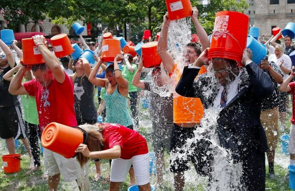 Haal een nat pak op je iPhone met de Ice Bucket Challenge game
