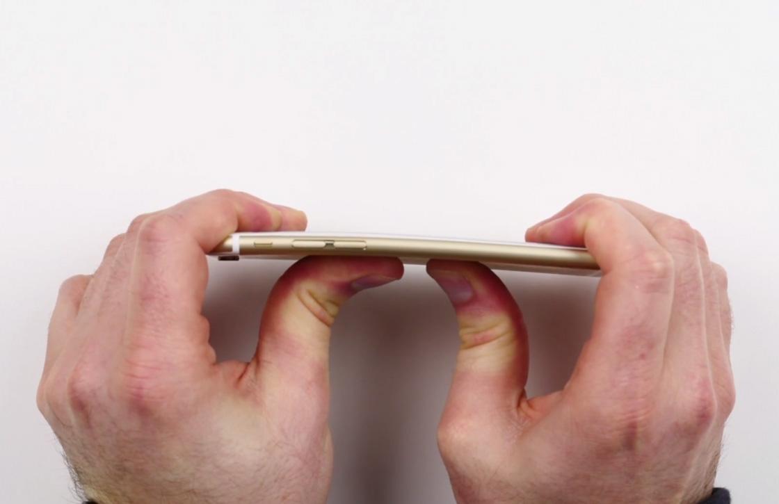 iPhone 6 (en iPhone 5S) zijn minder buigzaam dan de iPhone 6 Plus