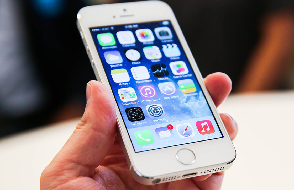 Goedkopere iPhone 5S kopen? Wacht tot de iPhone 6 is aangekondigd