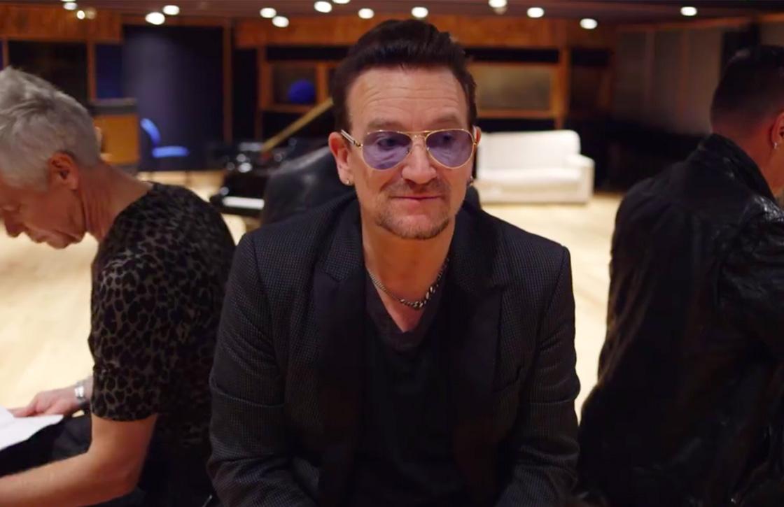 Bono zegt sorry voor automatische downloads van U2's nieuwe album