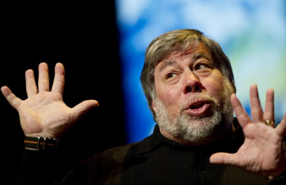 Wozniak baalt van iPhone 7-koptelefooningang: 'usb c is de toekomst'