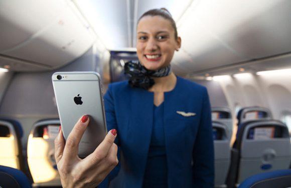 United Airlines deelt iPhone 6 Plus uit aan alle vluchtverzorgers