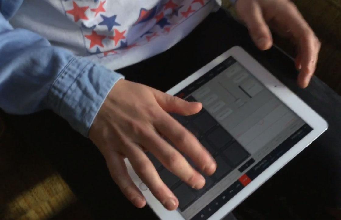 Video: zo maken muzikanten muziek met de iPad Air 2