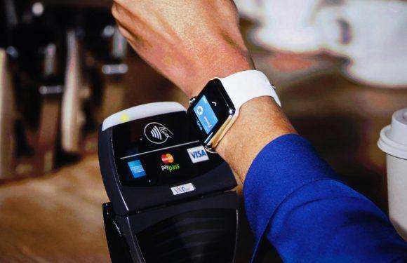 Zo werkt contactloos betalen met de Apple Watch