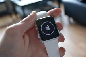 apple watch laden