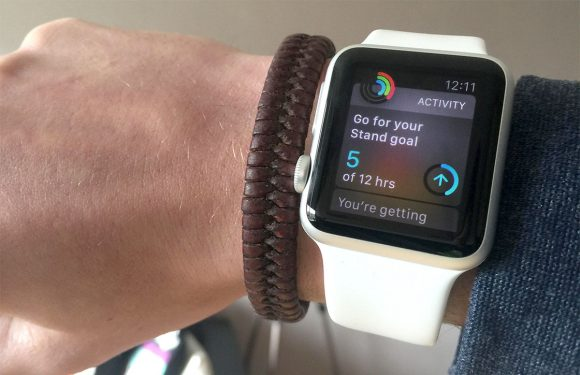 Waarom je elk uur moet gaan staan van de Apple Watch