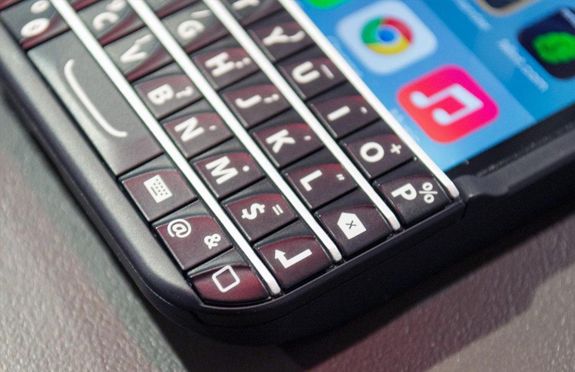 Verkoop BlackBerry-toetsenbord voor iPhone 6 verboden