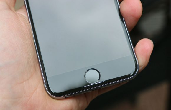 'iPhone met gebogen scherm volgend jaar in nieuw premium-model'