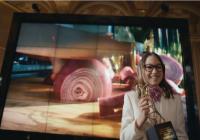 Apple bewijst de kracht van de iPhone-camera met een rode ui