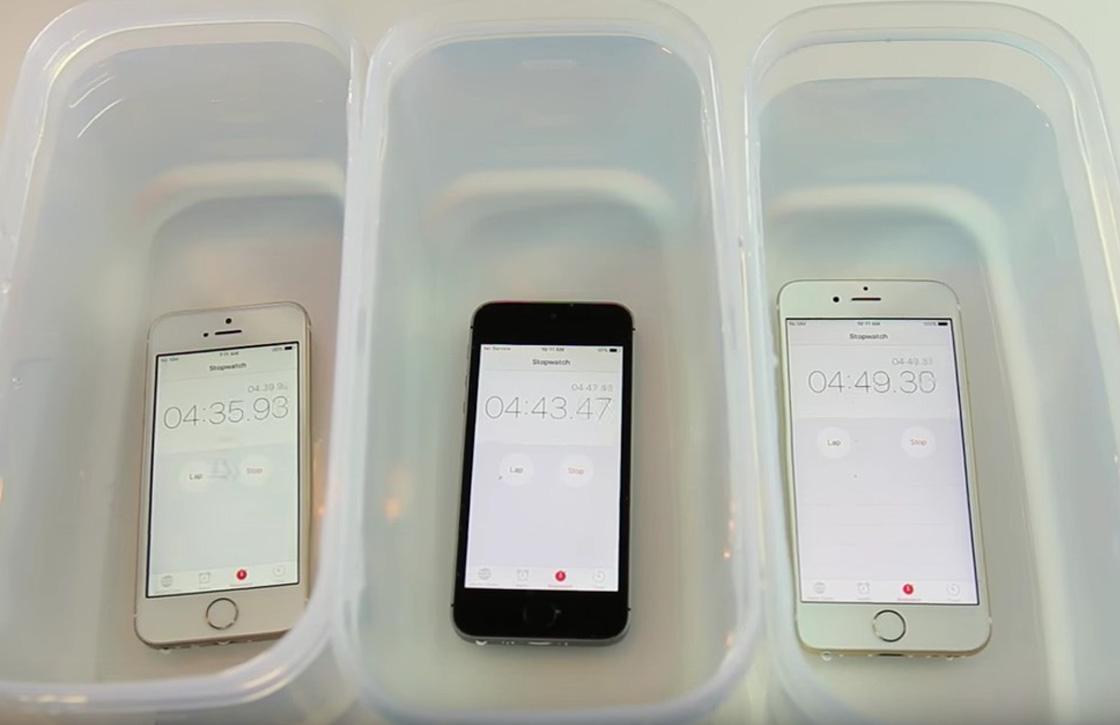 Video: Hoe lang overleeft de iPhone SE onder water?