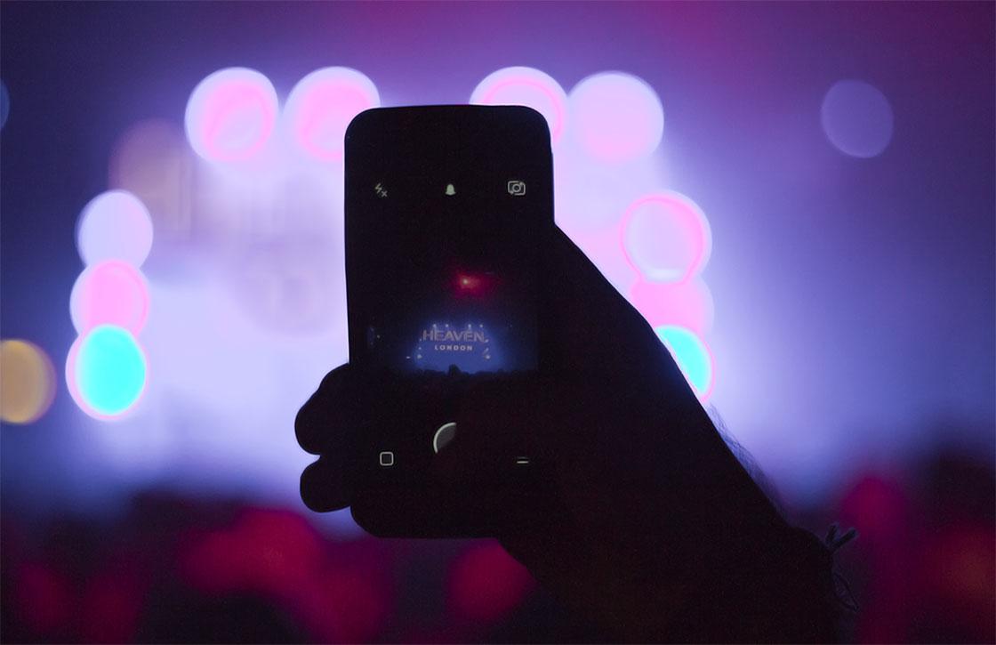 Zo wil Apple filmen tijdens concerten tegengaan