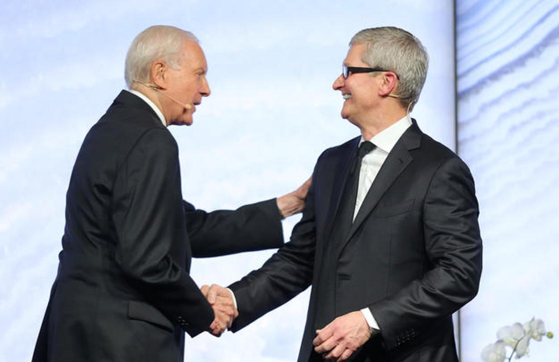 """Tim Cook: """"Apple blijft zich aan de visie van Steve Jobs houden"""""""