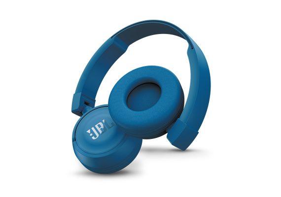 JBL-beat-on-ear