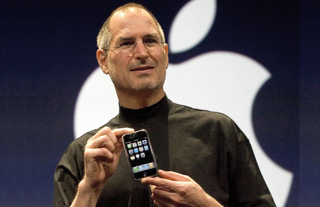 Tim Cook herdenkt Steve Jobs op diens verjaardag