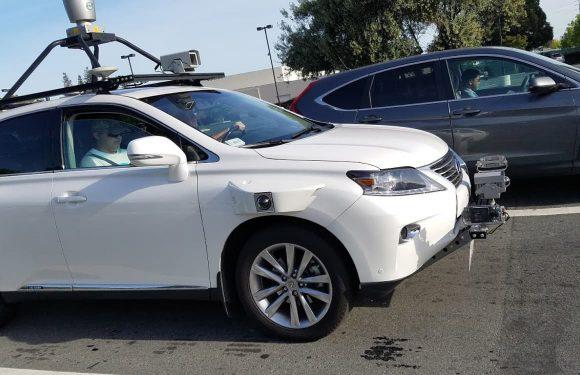'Apples zelfrijdende auto gespot op de openbare weg'