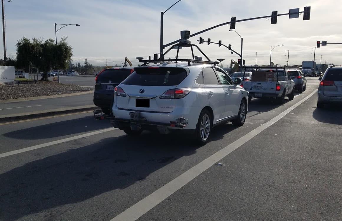 Apple voegt meer chauffeurs toe aan test met zelfrijdende auto