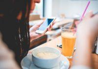 Waarom openbare wifi-netwerken onveilig zijn (en wat je ertegen kunt doen)