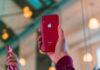 'Gelekte behuizing toont nieuwe kleuren van iPhone XR 2019'