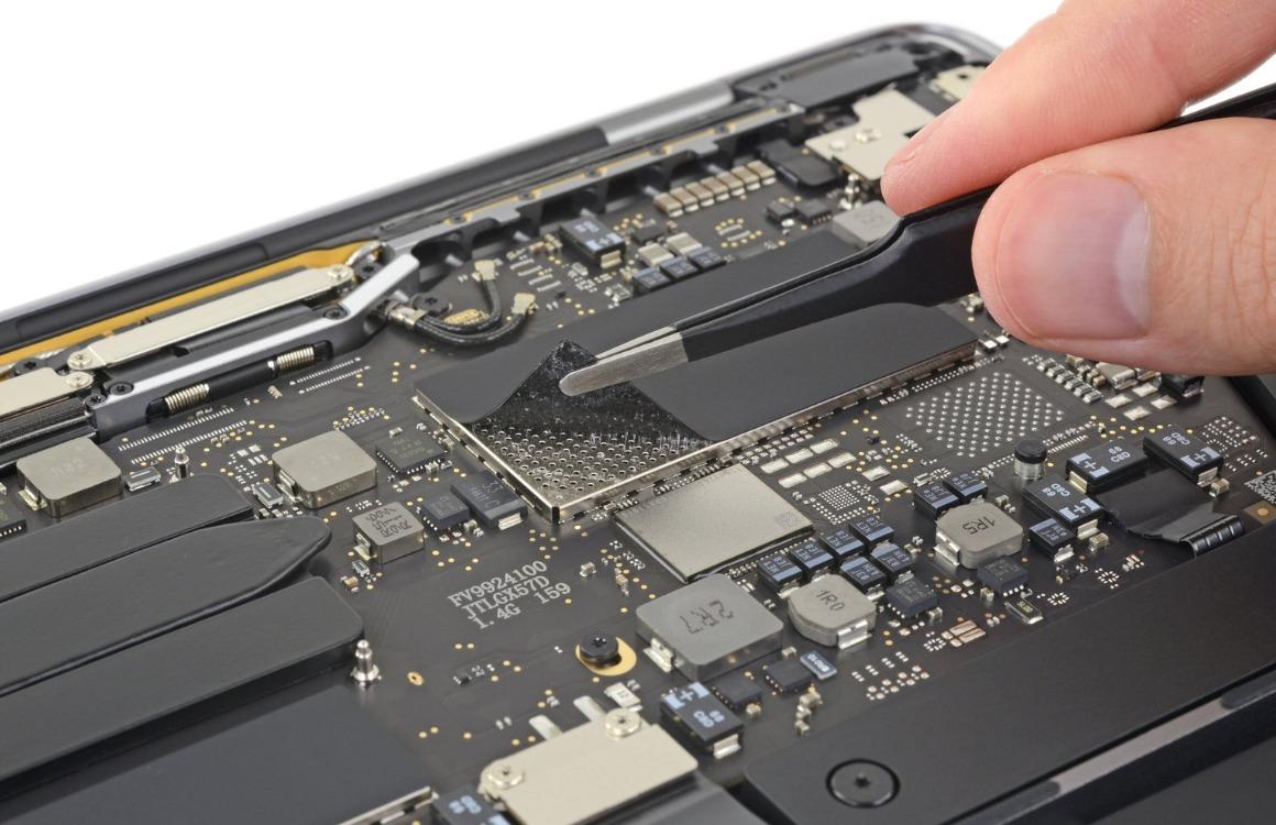 MacBook Pro 2019 teardown 13 inch 2