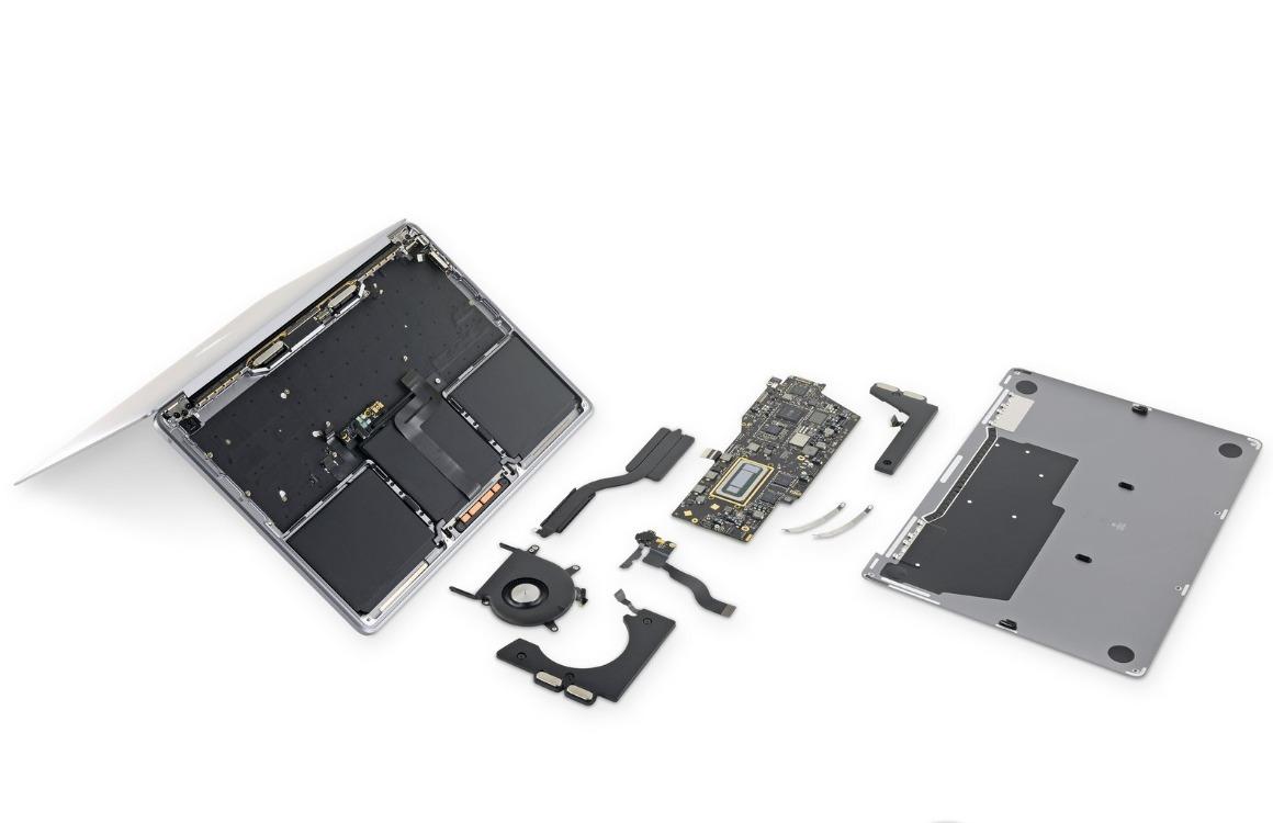 MacBook Pro 2019 teardown 13 inch