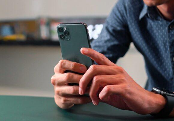 iPhone 12 autofocus