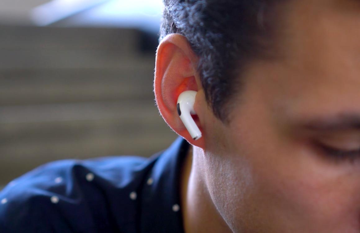 'AirPods krijgen sensor die waarschuwt als ze niet goed in je oor zitten'