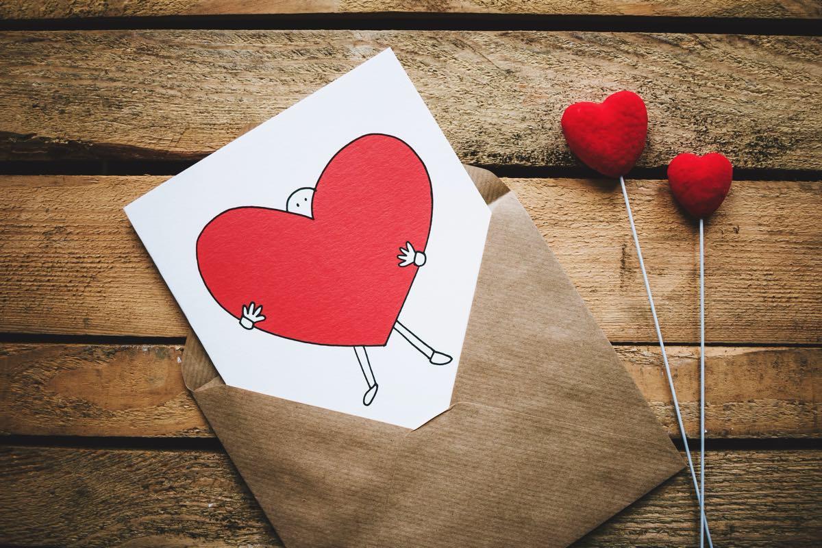 Met deze 7 cadeautips maak jij je Valentijn gegarandeerd blij