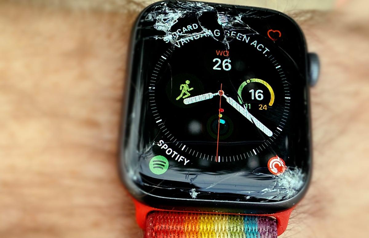 Opinie: Een Apple Watch laten repareren is veel te duur
