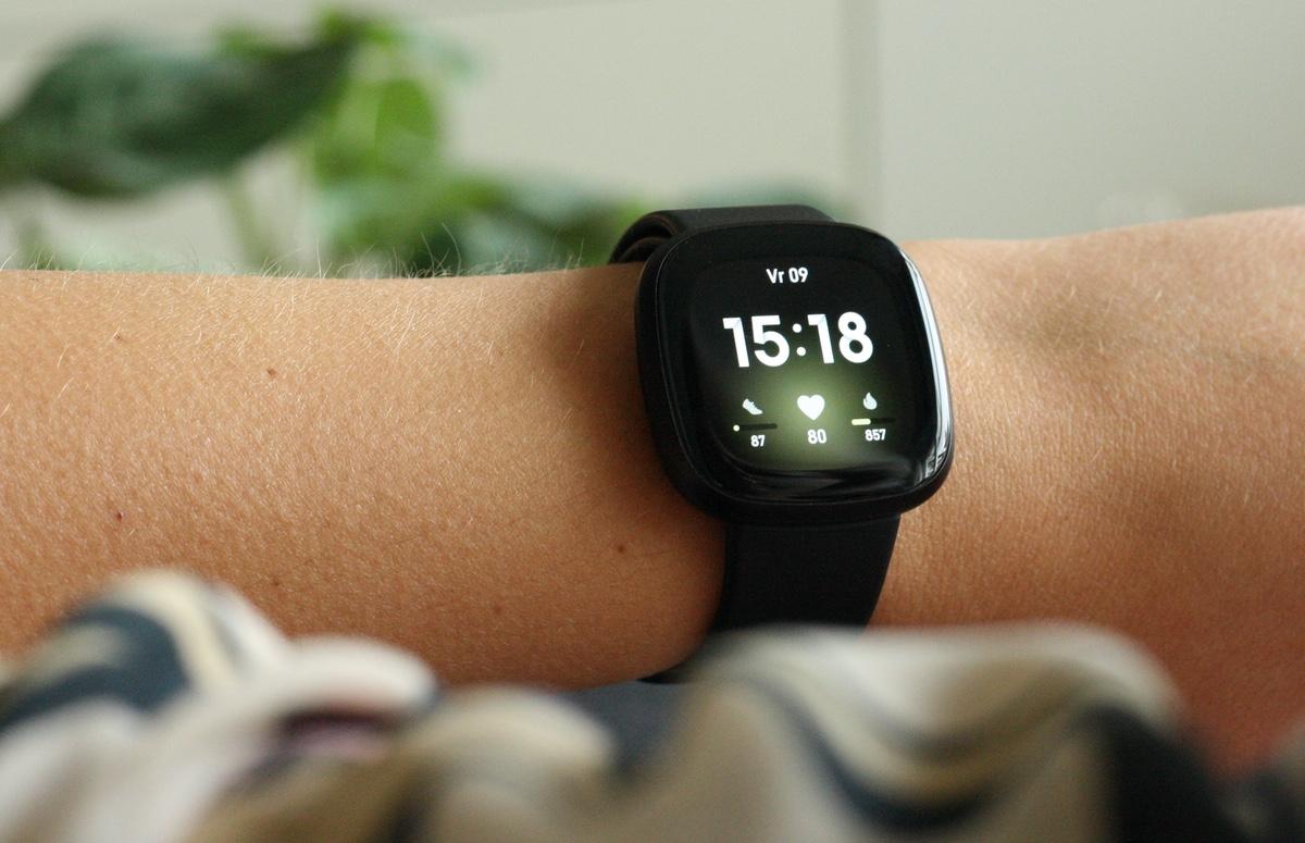 Fitbit Versa 3 review: betaalbare smartwatch met iets te veel minpunten
