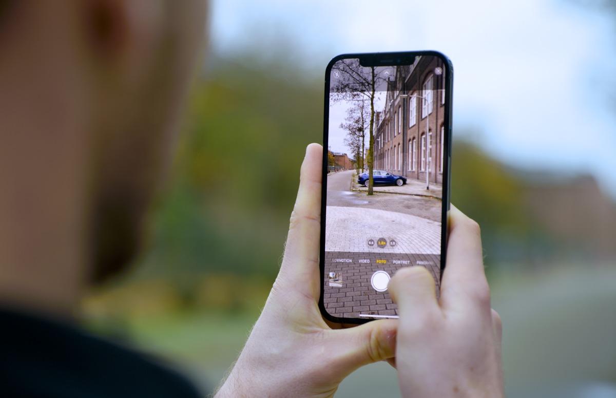 Apple onderzoekt mogelijkheden van 'gevouwen camera' in toekomstige iPhone