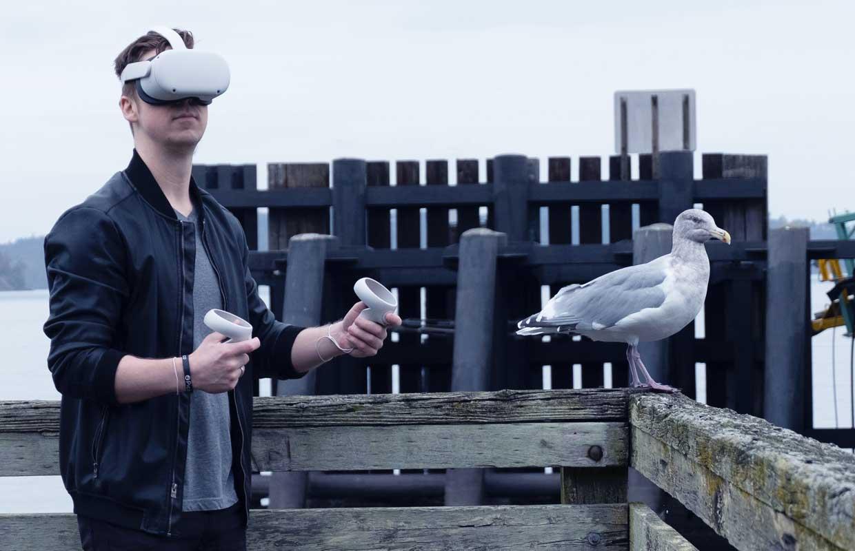 Opinie: Waarom Apple voor zijn VR-bril af moet kijken bij Facebook