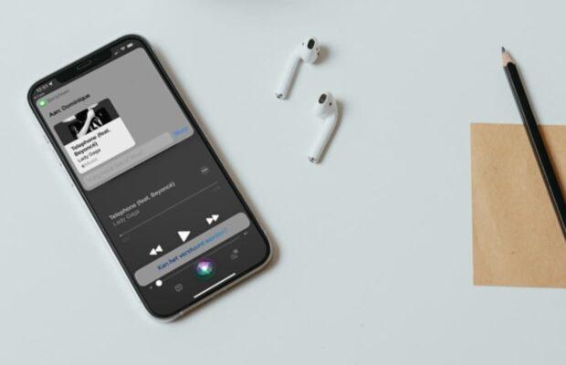 iOS 15 Siri muziek doorsturen