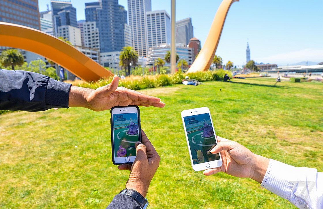 pokemon go chat-app